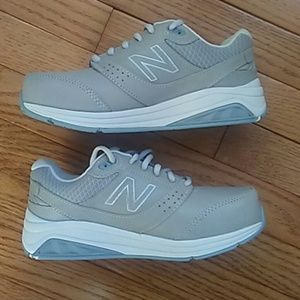 NEW BALANCE WALKING SHOES/SNEAKERS